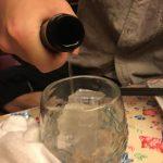 【大人の仕事術】バーボンを楽しむダンディ飲みにはワケがあった!?